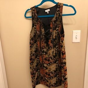Black dress with rustic colors from Tobi